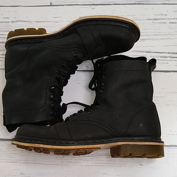 Dr Martens Black Wyoming Hi Suede Boots